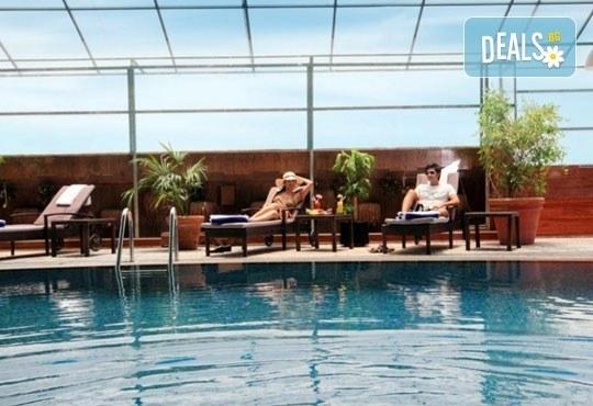 На почивка или шопинг в Дубай от януари до март! 7 нощувки със закуски, в Sun & Sands Hotel 4*, с Джон Лий Травел - Снимка 7