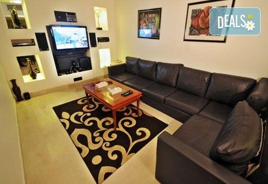 На почивка или шопинг в Дубай от януари до март! 7 нощувки със закуски, в Sun & Sands Hotel 4*, с Джон Лий Травел - Снимка 8