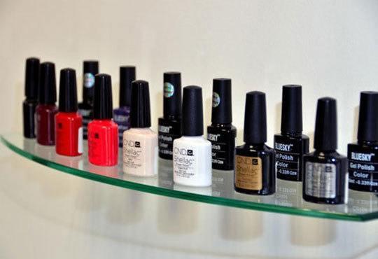 За перфектни ръце! Поставяне на гел върху етествен нокът и/или маникюр с лак или гел лак на CND в салон Косабелла! - Снимка 6