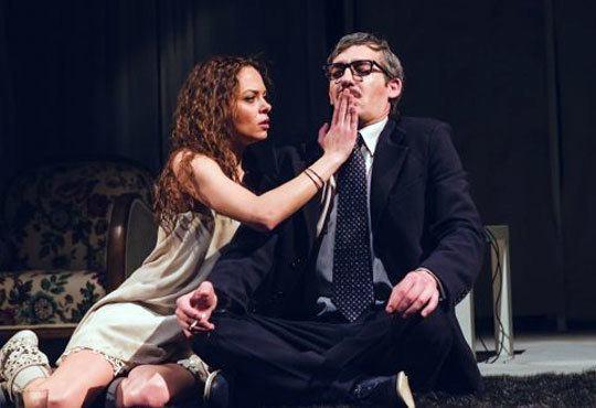Гледайте ''Олд Сейбрук'' и ''Последният страстен любовник'' в Театър ''София'' на 28.11. от 19 ч., билет за един! - Снимка 8