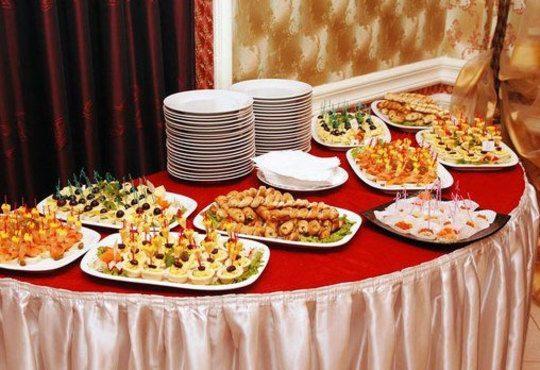 Наслада за сетивата! 105 броя разнообразни солени брускети и сладки еклери от Топ Кет Кетъринг! - Снимка 2