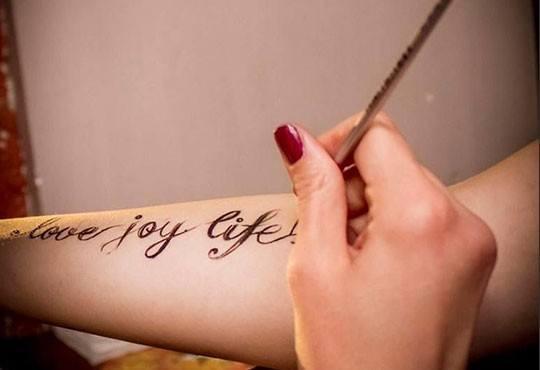 Стилно, секси и неангажиращо! Временна татуировка - боди арт от NSB Beauty Center - Снимка 2