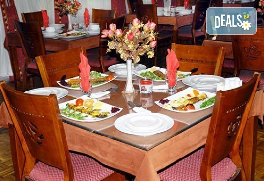 На почивка в Дубай в период по избор! 7 нощувки със закуски в City King 2*+, самолетен билет, трансфер и екскурзовод! - Снимка 7