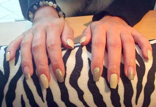 Подарете си ново бижу за красиви ръце! Маникюр с гел лак Bluesky, 2 декорации с камъчета или ваденки от студио Ева - Снимка 4