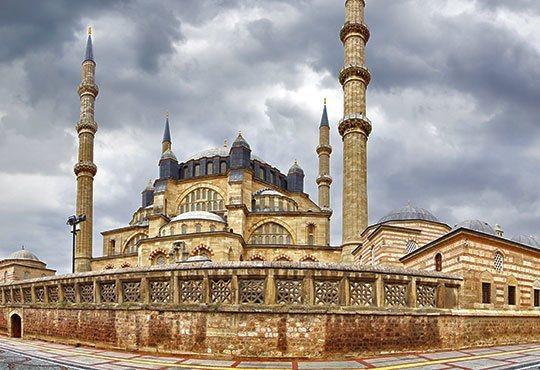 Декември в Истанбул и Одрин, Турция! 2 нощувки, 2 закуски в хотели по избор 2*/3*/4*, транспорт и водач от Глобул Турс! - Снимка 8
