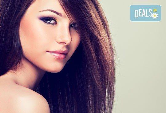 Измиване с продукти на Elidor Turkey, сешоар и плитка с или без подстригване от Beauty & Estetic Studio Mishele! - Снимка 4