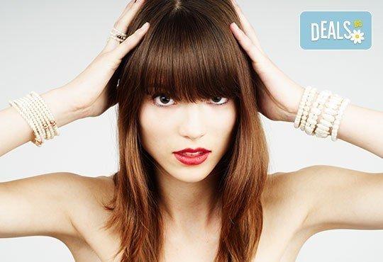 Терапия с ''храна'' за коса Una, преса с инфрачервени кератинови йони и оформяне в салон Art Beaute Nails & Hair! - Снимка 3