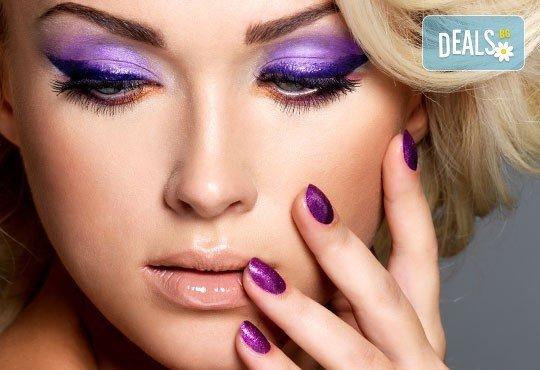 Поглезете се със СПА маникюр с лак по избор Golden Rose Color Expert и 4 декорации в салон Art Beaute Nails & Hair! - Снимка 3