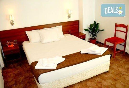 Почивка в Банско през есента! 2 нощувки със закуски и вечери в хотел Ротманс 3*! - Снимка 3