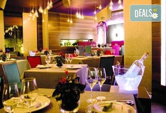 Незабравима Нова година в Солун, Гърция! 3 нощувки с изхранване по избор, в хотел 3 или 5* и панорамна обиколка на Солун - Снимка 9
