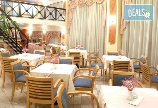 Незабравима Нова година в Солун, Гърция! 3 нощувки с изхранване по избор, в хотел 3 или 5* и панорамна обиколка на Солун - Снимка 6
