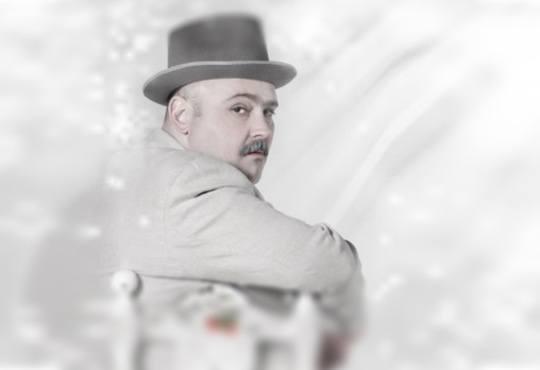 Каним Ви на сватба! Гледайте Сватбата на дребния буржоа по Бертолт Брехт, 05.12, от 19ч, вТеатър София - билет за един - Снимка 7