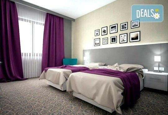 Посрещнете Нова година в 88 Rooms Hotel 4*, Белград! 2/3 нощувки, закуски, вечери и галавечеря с напитки и жива музика! - Снимка 4