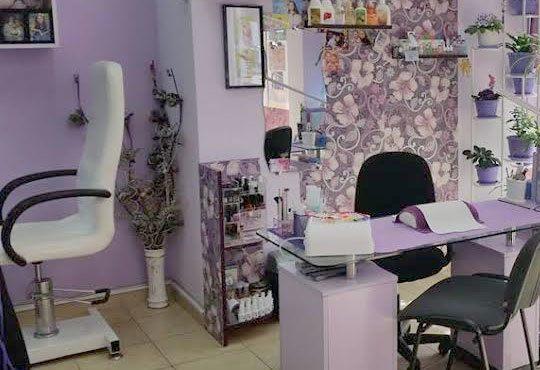 Терапия за крака със свещ с аромат на маракуя, пъпеш, мимоза, ванилия, портокал и кокос в салон J.D.V Beauty Center Relax! - Снимка 4