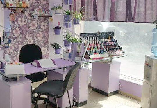Терапия за крака със свещ с аромат на маракуя, пъпеш, мимоза, ванилия, портокал и кокос в салон J.D.V Beauty Center Relax! - Снимка 3