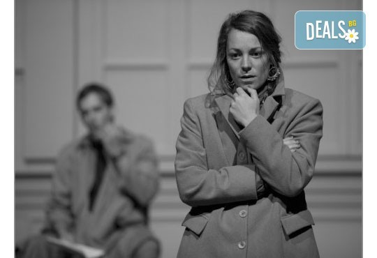 Гледайте премиера в Театър София на 04.12 от 19ч! Нощта на 16ти януари от Айн Ранд с участието на Лилия Маравиля - Снимка 2