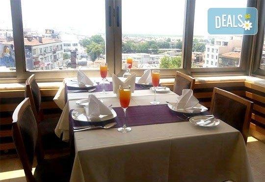 Подарете си за Нова година празник в красивия Истанбул! 4 нощувки със закуски в Delta Boutique Hotel 4*, от Ертурс! - Снимка 7