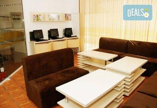 Релаксирайте пълноценно в Хотел Виа Лакус 3*, Сапарева баня! 1 нощувка със закуска и вечеря, СПА зона с минерален басейн - Снимка 9