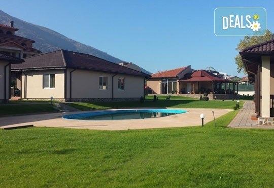 Почивайте в новооткрития комплекс Дарибел 3*, Сапарева баня през ноември! 1 нощувка със закуска, ползване на сауна и фитнес! - Снимка 17