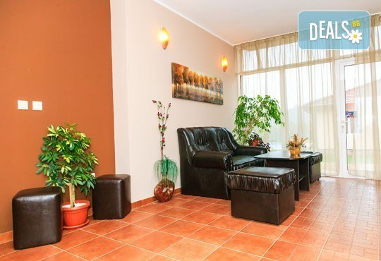 Почивайте в новооткрития комплекс Дарибел 3*, Сапарева баня през ноември! 1 нощувка със закуска, ползване на сауна и фитнес! - Снимка 8
