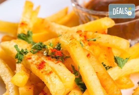 От Вас компанията, от Италиански ресторант BALITO - хапването! Един килограм скара асорти + гарнитура домашни картофки - Снимка 2