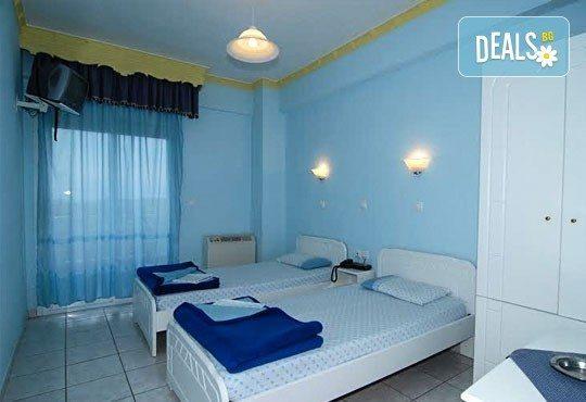 Нова година в Паралия Катерини, Гърция! 2 нощувки със закуски в хотел Girni и празнична вечеря, транспoрт и екскурзовод - Снимка 6