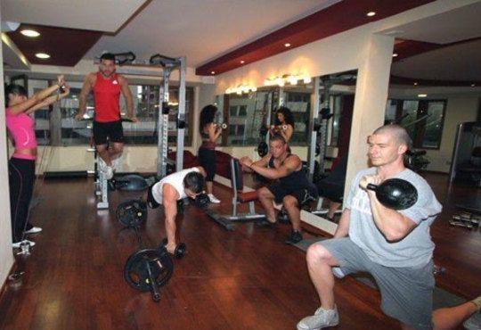 Възстaновете силите си със 75-минутен масаж по избор! Релаксирайте със сауна или парня баня в Sport City Vitosha - Снимка 9