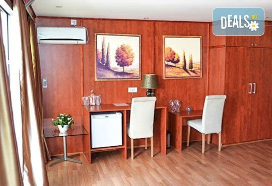 Нова година в Compass River City Hotel 3*, Белград! 2/3 нощувки със закуски и празнична вечеря, възможност за транспорт - Снимка 5