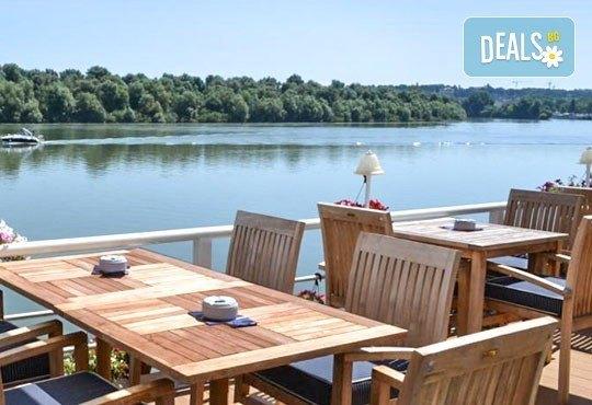 Нова година в Compass River City Hotel 3*, Белград! 2/3 нощувки със закуски и празнична вечеря, възможност за транспорт - Снимка 7