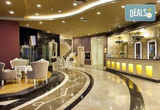 Петзвездна Нова година в Limak Eurasia Luxury Hotel 5*, Истанбул, Турция! 2/3 нощувки със закуски и вечери по избор! - Снимка 5