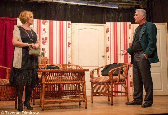 Гледайте щурата комедия Луда нощ по френски на 03.12. от 19ч. в Театър Сълза и смях Открита сцена - Снимка 5