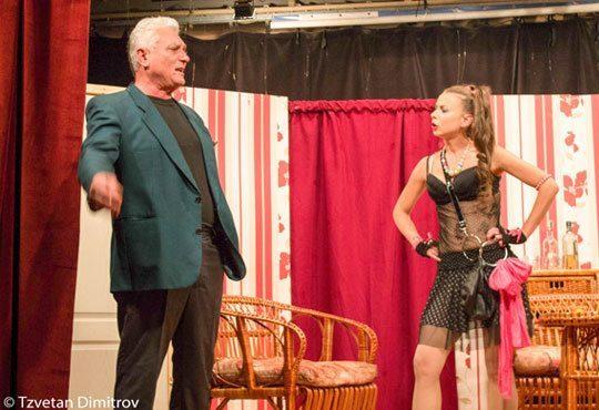 Гледайте щурата комедия Луда нощ по френски на 03.12. от 19ч. в Театър Сълза и смях Открита сцена - Снимка 3