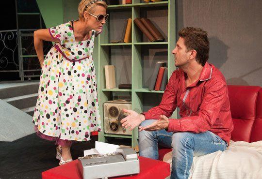 Асен Блатечки във великолепната комедия Бившата жена на моя живот на 11.12, 19 ч, Театър Открита сцена Сълза и смях - Снимка 2