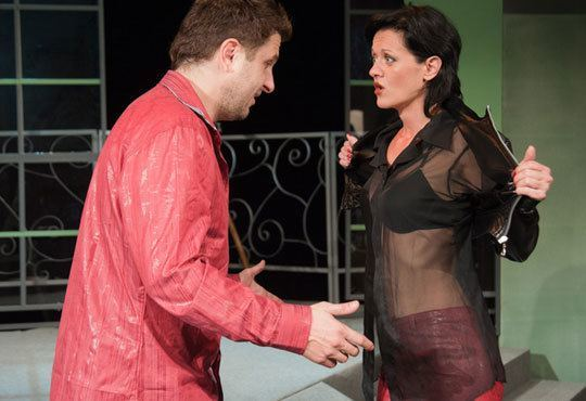 Асен Блатечки във великолепната комедия Бившата жена на моя живот на 11.12, 19 ч, Театър Открита сцена Сълза и смях - Снимка 3