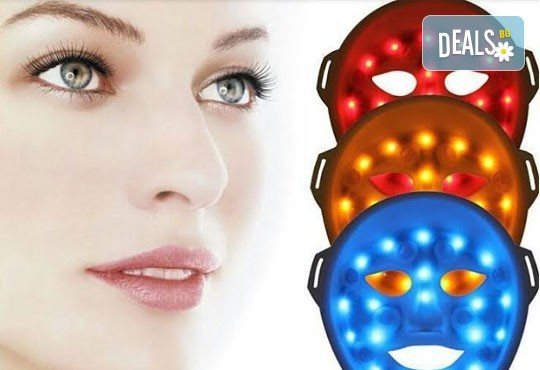 За съвършена кожа! Освежаваща терапия за лице с 3D LED маска в салон Persona от козметик Илина Трифонова! - Снимка 1