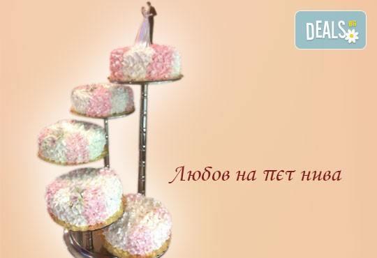 Голяма сватбена торта 60, 80 или 100 парчета с ръчно изработена декорация от Сладкарница Джорджо Джани - Снимка 2