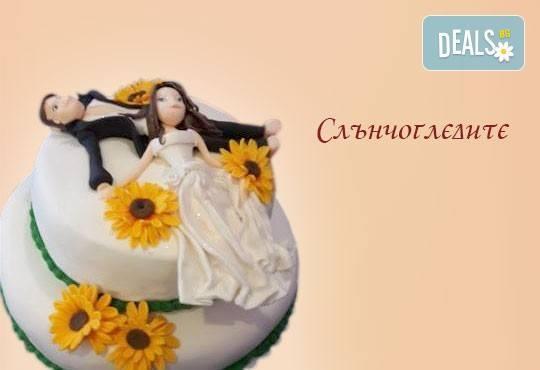 Голяма сватбена торта 60, 80 или 100 парчета с ръчно изработена декорация от Сладкарница Джорджо Джани - Снимка 9
