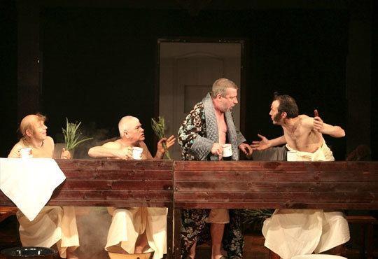 Гледайте Калин Врачански и Мария Сапунджиева в 100-то представление на Ревизор, Театър ''София'', на 09.12. от 19 ч. - Снимка 7