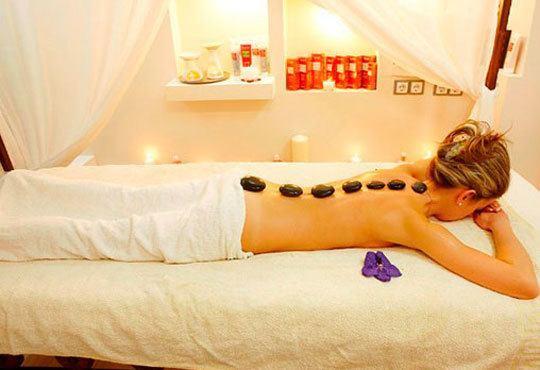 Антицелулитен масаж на ДВЕ зони по избор + криотерапия на третираните зони в Bona Dea Fashion Studio - Снимка 5