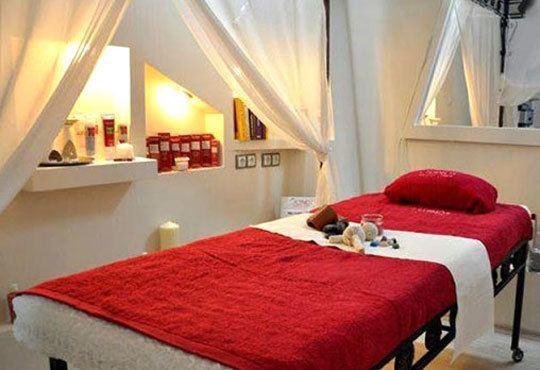 Антицелулитен масаж на ДВЕ зони по избор + криотерапия на третираните зони в Bona Dea Fashion Studio - Снимка 6