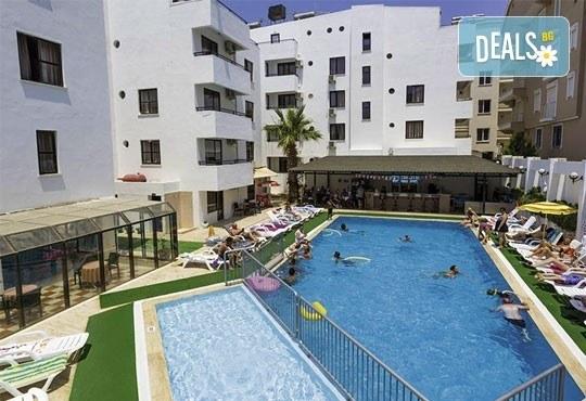 Почивка в Дидим, Турция в период по избор! 7 нощувки на база All Inclusive в Tuntas Suites Altinkum 3*, от Ztour! - Снимка 1