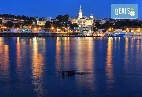 За Нова година до Белград, Сърбия! 3 нощувки със закуски, галавечеря в Hotel Garni City Code Vizura 4* и транспорт - Снимка 1