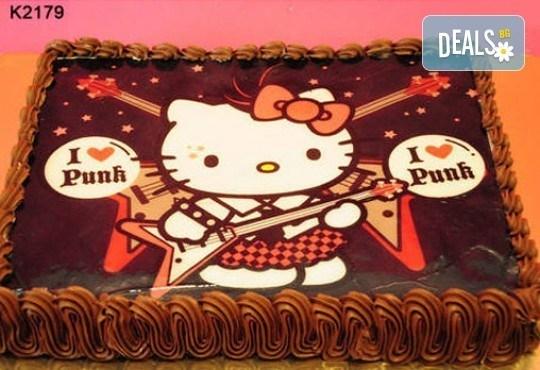 Запомнящ се рожден ден! Вкусна торта /избор от 29 картинки/ и пълнеж по избор от Виенски салон Лагуна! Предплати 1лв! - Снимка 13