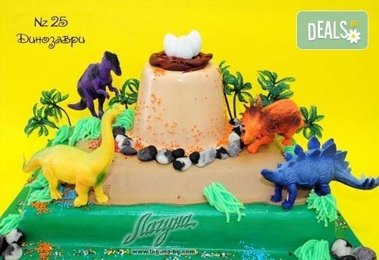 Детска торта с фигурка и пълнеж по избор + кутия, надпис и свещичка от Сладкарница Лагуна!Предплати сега! - Снимка 21