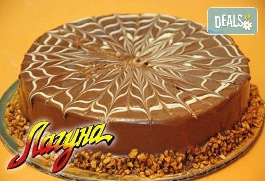 Класическо сладко изкушение от Виенски салон Лагуна! Торта Гараш! Предплатете сега 1лв - Снимка 1