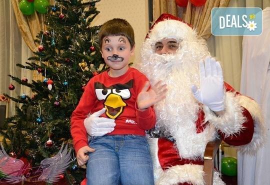 Коледно парти с DJ-аниматор, дядо Коледа, фото заснемане и украса, на посочен от вас адрес, от Eventsbg.net ! - Снимка 1