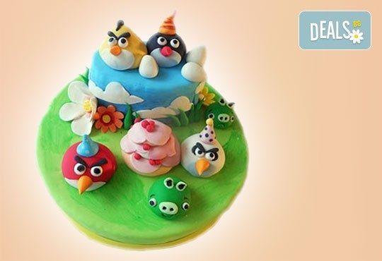 За най-малките! Детска торта с Мечо Пух, Смърфовете, Спондж Боб и други герои от Сладкарница Джорджо Джани - Снимка 5