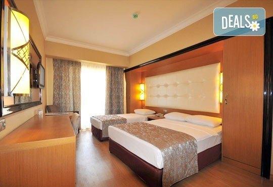 Ранни записвания! Майски празници в Турция: Pasa Beach Hotel 4*, Мармарис, 5 нощувки на база All Inclusive! - Снимка 5