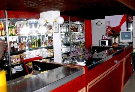 Романтика и релакс! 2 нощувки със закуски и вечери по тристепенно меню в Спа хотел Виктория, Брацигово за 46.00 лв. на човек*! - Снимка 4