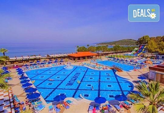 Майски празници в Majesty Kustur Club HV 5*, Кушадасъ, Турция! 5 нощувки на база All Inclusive, възможност за транспорт! - Снимка 1
